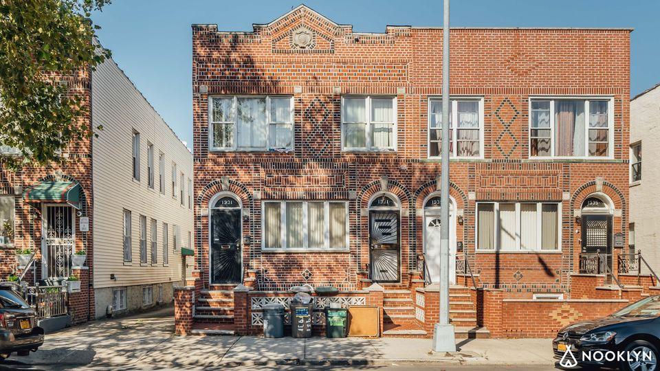 A $1,655,000.00, 7 bed / 4 bathroom apartment in Borough Park
