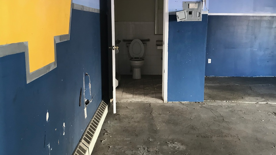A $1,350.00, 0 bed / 1 bathroom apartment in Brownsville