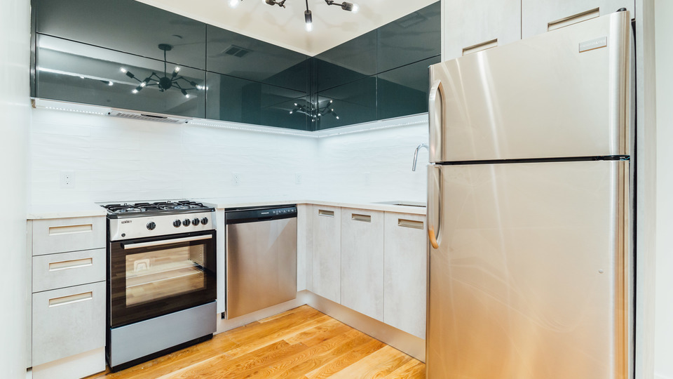 A $2,750.00, 2 bed / 1 bathroom apartment in Crown Heights