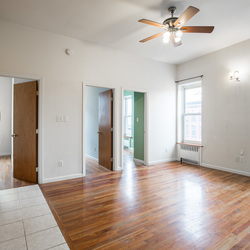 A $3,800.00, 4 bed / 1 bathroom apartment in Park Slope