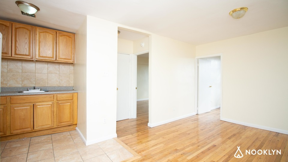 A $1,900.00, 2 bed / 1 bathroom apartment in Cypress Hills