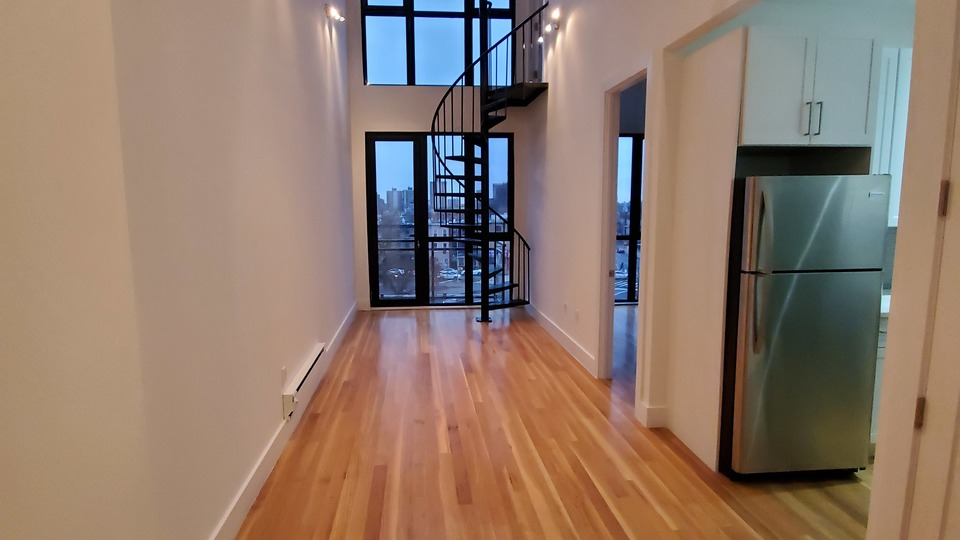 A $2,635.00, 2 bed / 1 bathroom apartment in Bed-Stuy