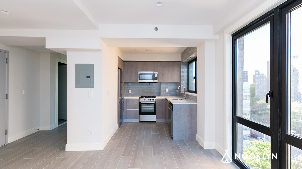 A $2,495.00, 1 bed / 1 bathroom apartment in Harlem