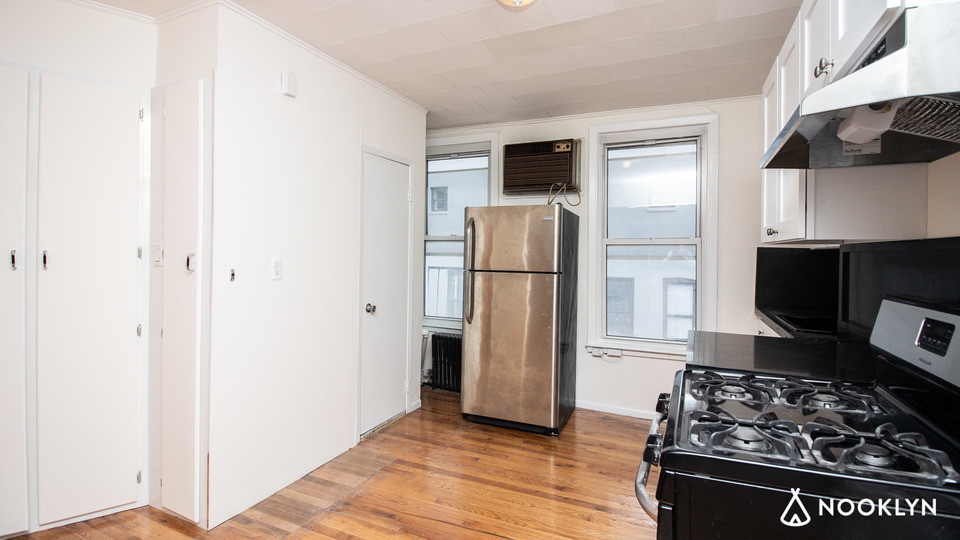 A $2,650.00, 1 bed / 1 bathroom apartment in Williamsburg