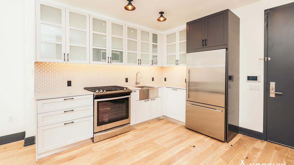 A $2,975.00, 1 bed / 1 bathroom apartment in Bushwick