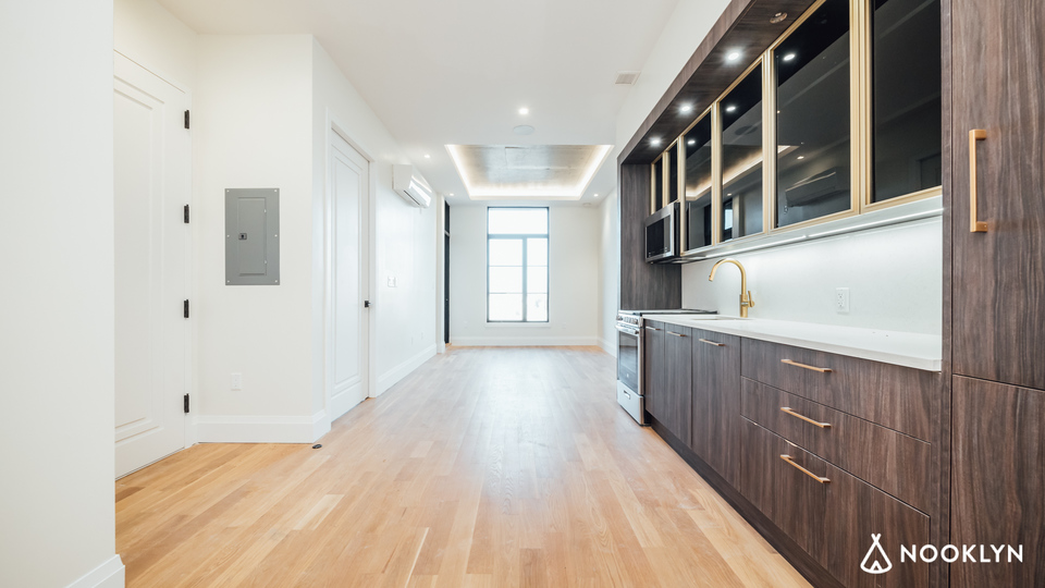 A $2,933.00, 1 bed / 1 bathroom apartment in Bed-Stuy