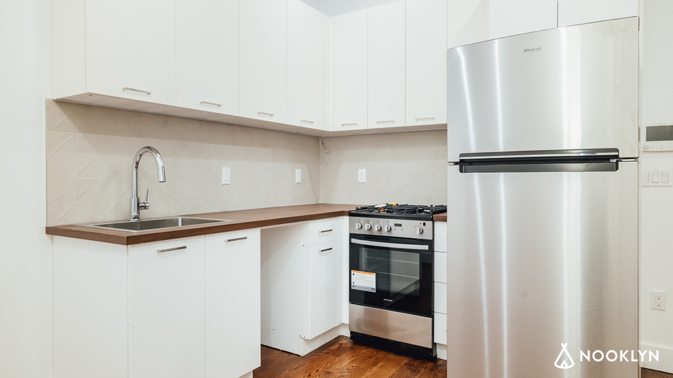 A $2,399.00, 2 bed / 1 bathroom apartment in Bed-Stuy