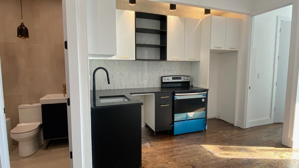 A $3,100.00, 1 bed / 1.5 bathroom apartment in Williamsburg