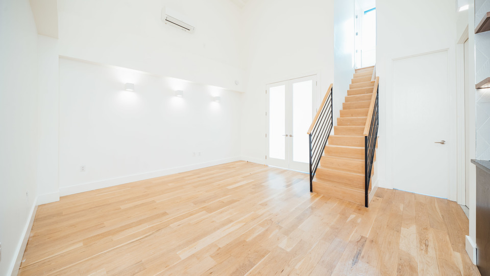 A $3,538.00, 4 bed / 2 bathroom apartment in Greenpoint
