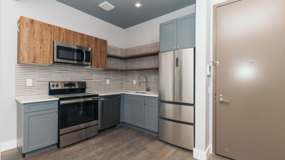 A $2,900.00, 3 bed / 1 bathroom apartment in Bushwick