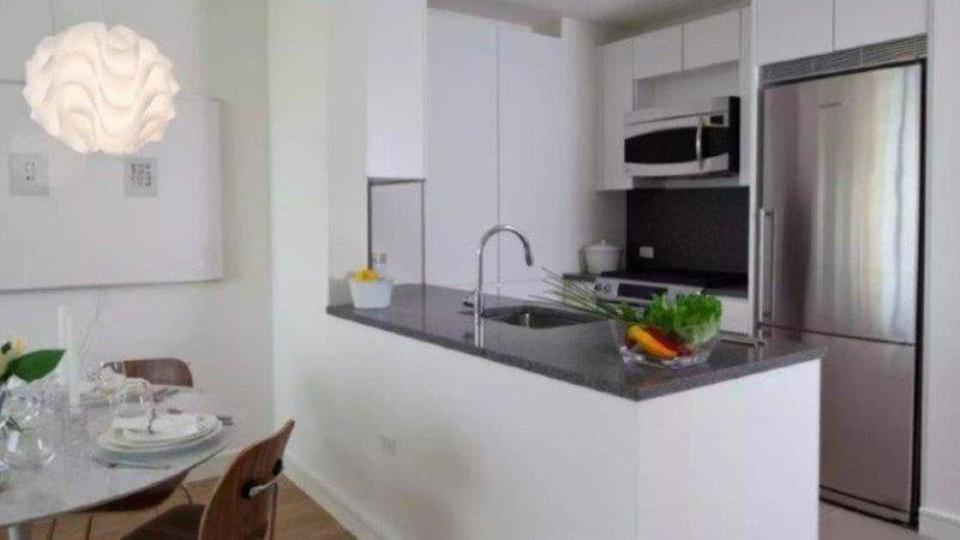 A $18,470.00, 3 bed / 3 bathroom apartment in Chelsea