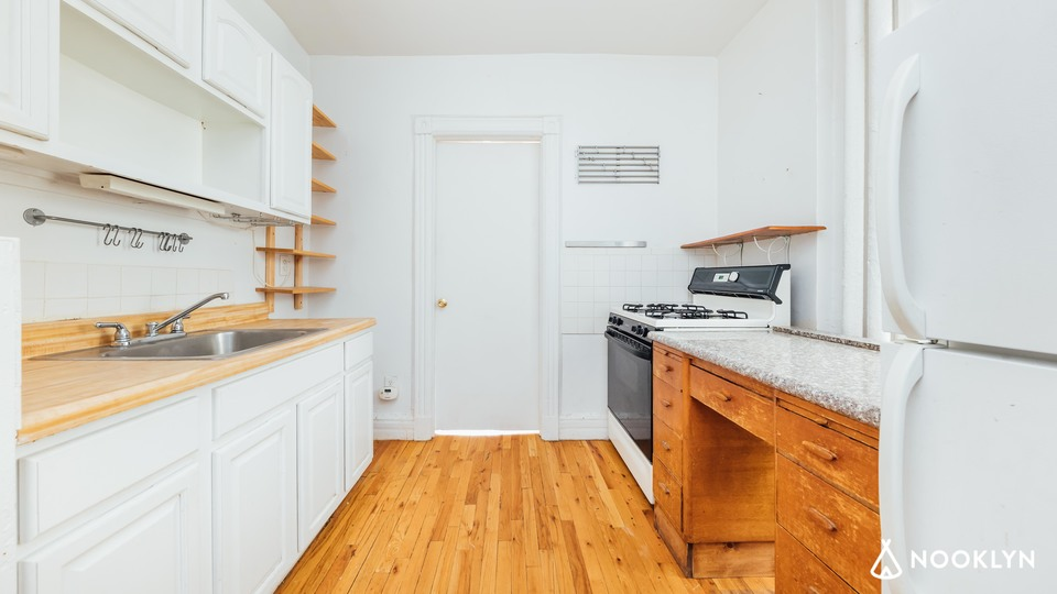 A $2,250.00, 2 bed / 1 bathroom apartment in Crown Heights