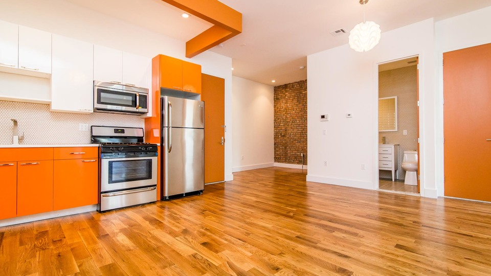 A $3,100.00, 4 bed / 1.5 bathroom apartment in Bushwick