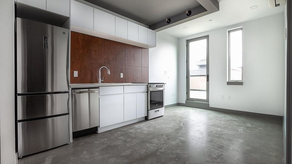 A $2,188.00, 0 bed / 1 bathroom apartment in Bed-Stuy