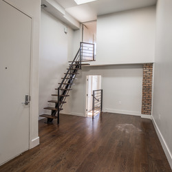 A $3,600.00, 3 bed / 1 bathroom apartment in Williamsburg