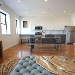 A $7,000.00, 5 bed / 3 bathroom apartment in Williamsburg