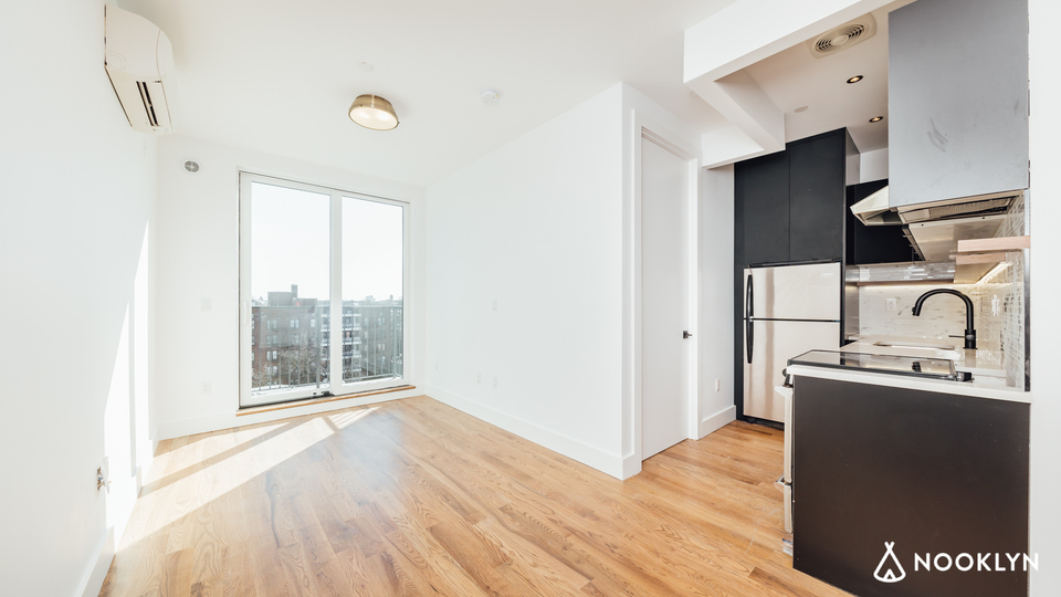 A $3,200.00, 1 bed / 1 bathroom apartment in Bed-Stuy