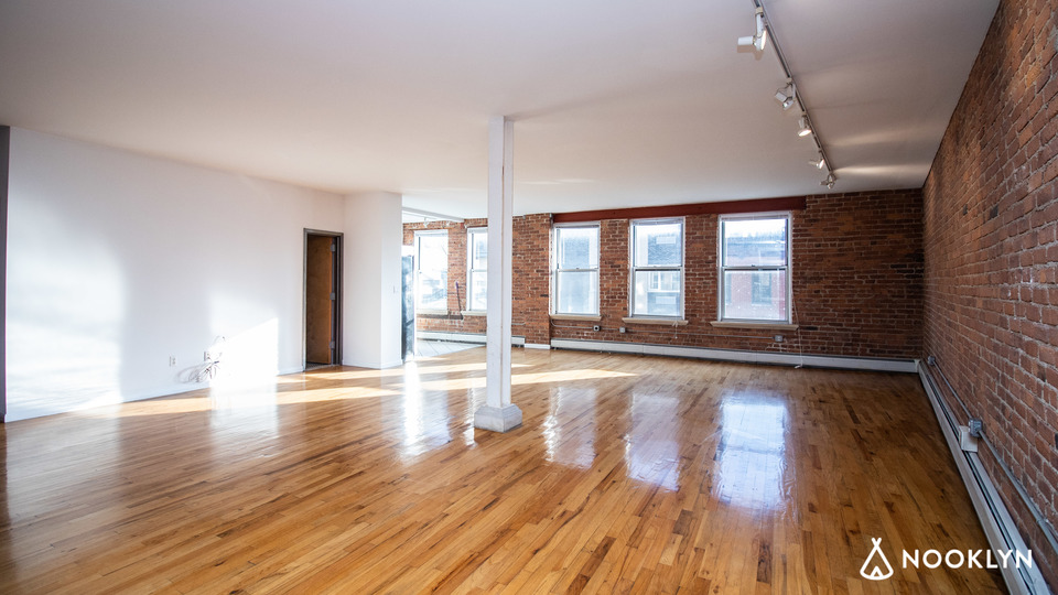 A $5,325.00, 1 bed / 1 bathroom apartment in Williamsburg