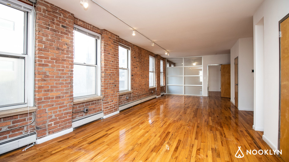 A $4,575.00, 1 bed / 1 bathroom apartment in Williamsburg