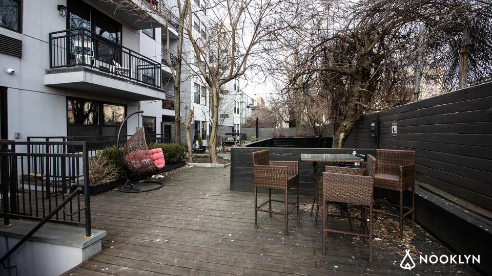 A $2,800.00, 4 bed / 2 bathroom apartment in Bushwick