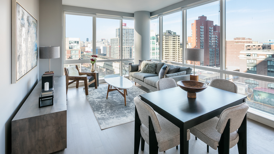 A $2,874.00, 1 bed / 1 bathroom apartment in Long Island City