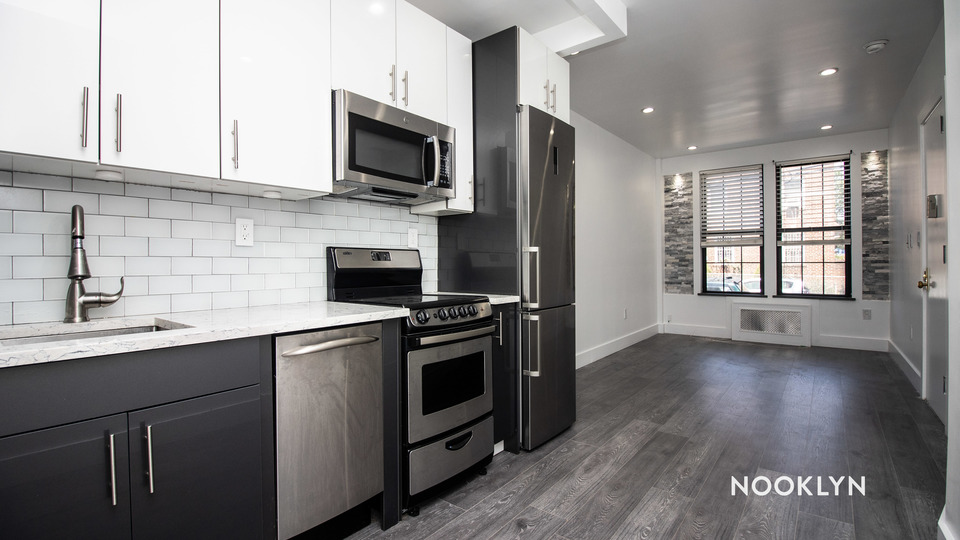 A $2,012.00, 1 bed / 1 bathroom apartment in PLG: Prospect Lefferts Gardens