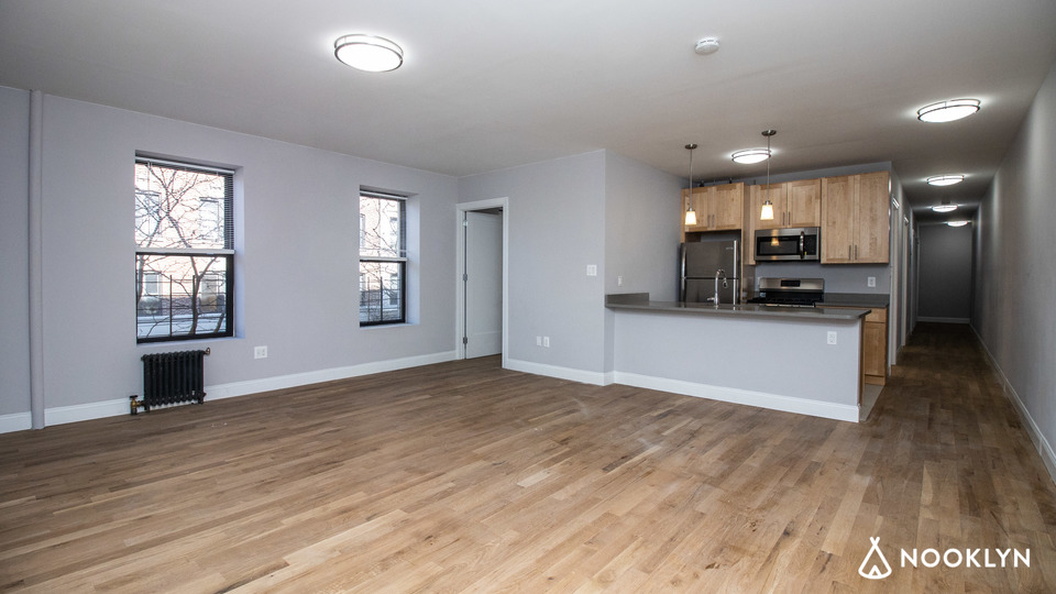 A $5,085.00, 5 bed / 3 bathroom apartment in Harlem