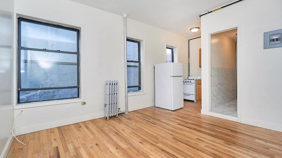 A $2,200.00, 1 bed / 1 bathroom apartment in East Village