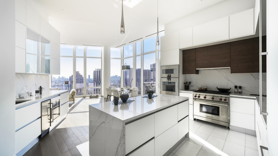 A $22,985.00, 3 bed / 2.5 bathroom apartment in Midtown