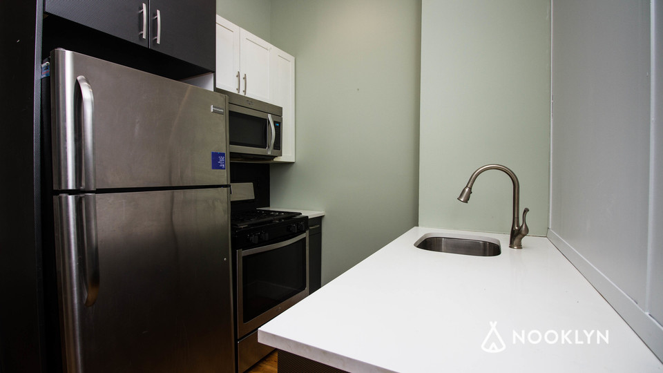 A $3,600.00, 4 bed / 2 bathroom apartment in Bed-Stuy