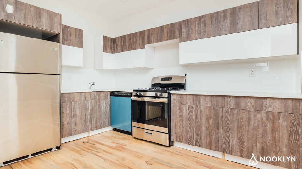A $3,000.00, 3 bed / 2 bathroom apartment in Bed-Stuy