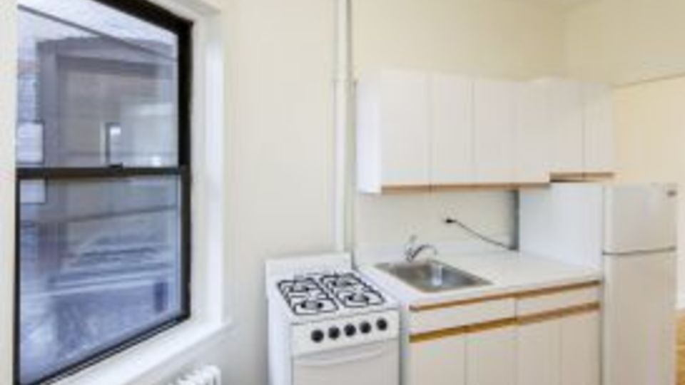 A $2,450.00, 1 bed / 1 bathroom apartment in Upper East Side