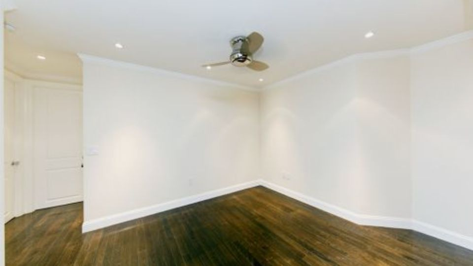 A $5,750.00, 3 bed / 2 bathroom apartment in East Village