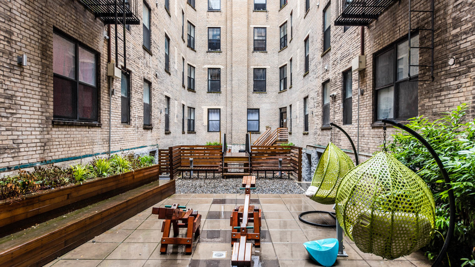 A $2,500.00, 3 bed / 1 bathroom apartment in Ridgewood