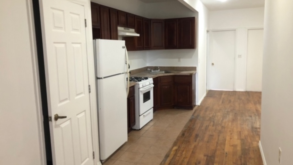 A $2,550.00, 4 bed / 1 bathroom apartment in Cypress Hills