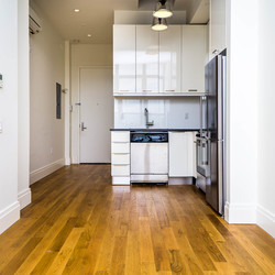 A $2,200.00, 0 bed / 1 bathroom apartment in Williamsburg