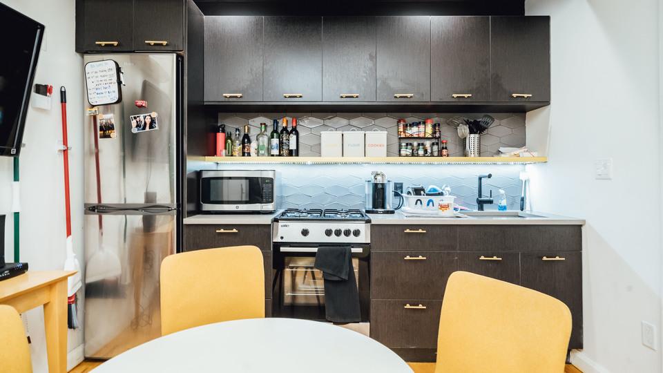 A $2,600.00, 3 bed / 1.5 bathroom apartment in Ridgewood