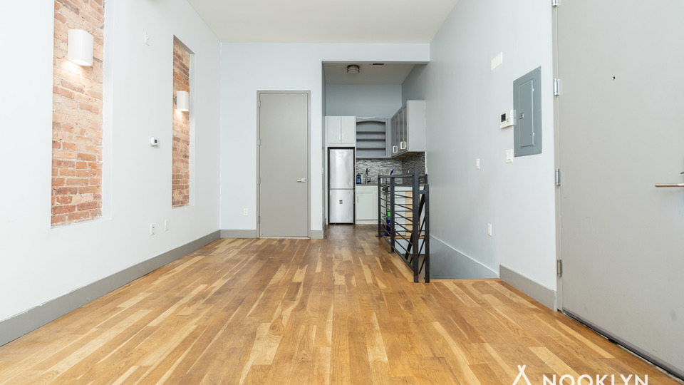 A $2,300.00, 1 bed / 1.5 bathroom apartment in Clinton Hill