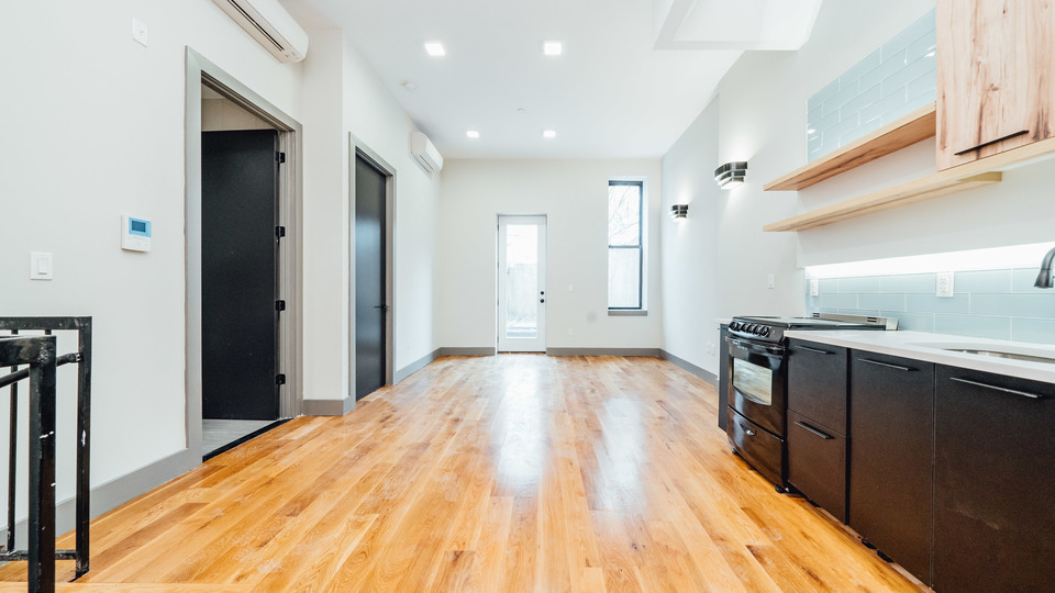A $4,500.00, 2 bed / 1.5 bathroom apartment in Williamsburg