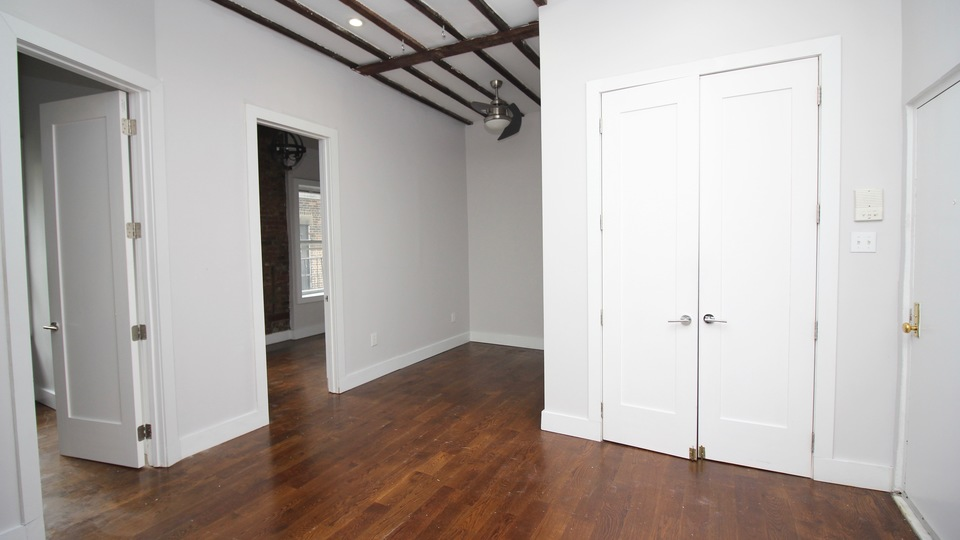 A $2,900.00, 2 bed / 1 bathroom apartment in Williamsburg