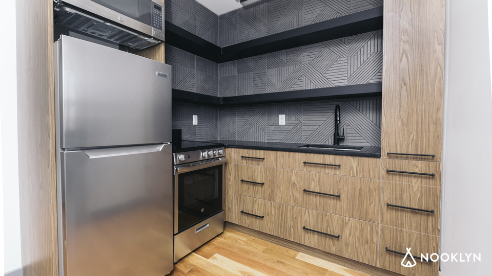 A $3,667.00, 2 bed / 2 bathroom apartment in Williamsburg