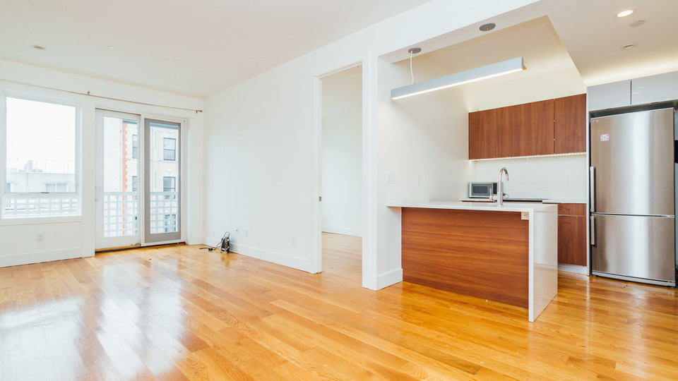 A $2,475.00, 3 bed / 1 bathroom apartment in Crown Heights