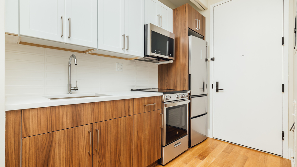 A $1,835.00, 0 bed / 1 bathroom apartment in Bed-Stuy