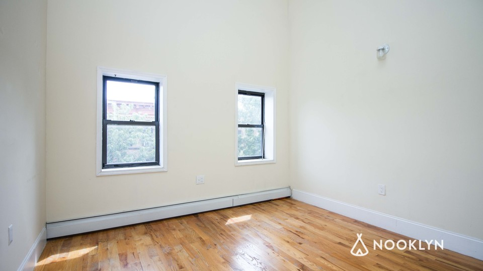 A $2,000.00, 2 bed / 2 bathroom apartment in Bushwick