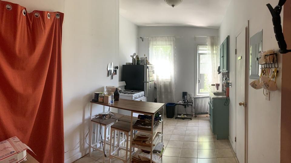 A $2,150.00, 1.5 bed / 1 bathroom apartment in Bushwick