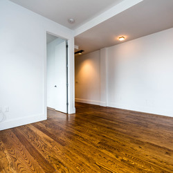 A $2,700.00, 3 bed / 1 bathroom apartment in Bushwick