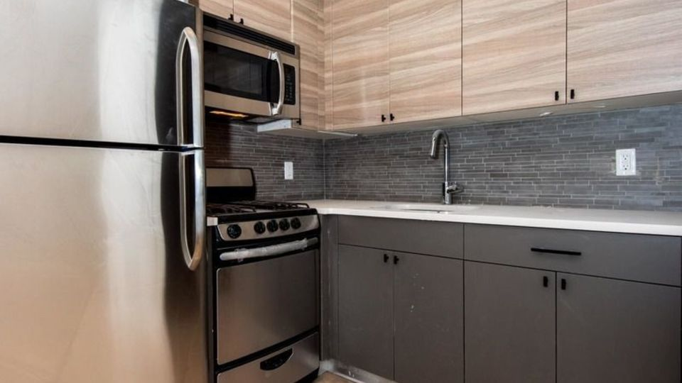 A $3,450.00, 3 bed / 1.5 bathroom apartment in Crown Heights