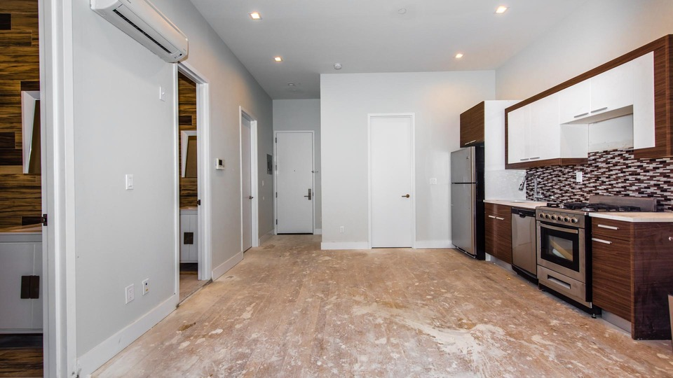 A $4,150.00, 4 bed / 2 bathroom apartment in Greenpoint