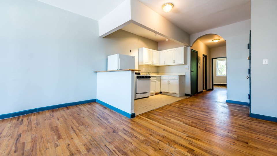 A $3,450.00, 3.5 bed / 1 bathroom apartment in Williamsburg