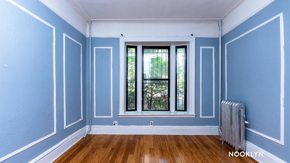 A $3,700.00, 3 bed / 2 bathroom apartment in Prospect Heights